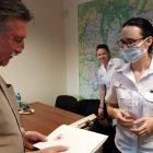Przekazanie defibrylatora dla PCK Bydgoszcz